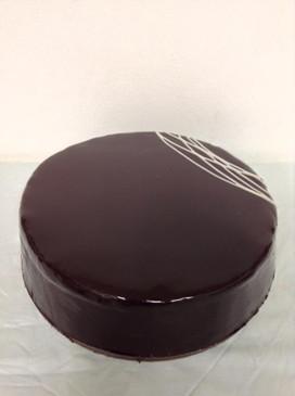 Caramel Chocolate Mud Cake