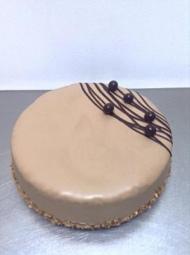 Elegant Hazelnut Chocolate Mud Cake