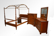 17519 Vintage Cherry Solid Chippendale Bedroom Set by Jamestown Sterling Corp.