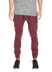 Sureshot Chino Jogger in Burgundy