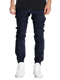 Sureshot Joggers in Navy