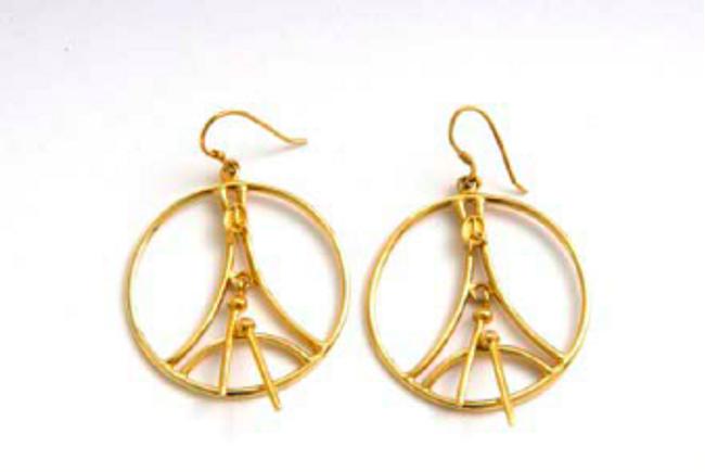 Classic Bass Gold Hoop Earrings