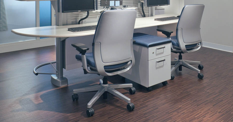 Most office chairs are designed to ac modate people within the 5th to th height percentile This range covers the 5th percentile female at 2 inches
