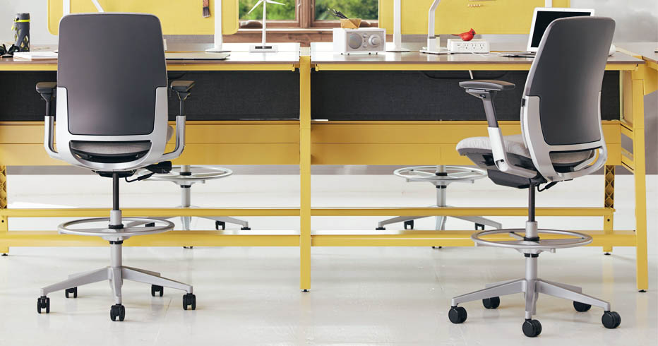 Sit Tall With These Comfortable Ergonomic Drafting Chairs Human Solution