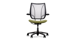 Self-adjusting back recline system on the Humanscale Liberty Chair naturally provides the right amount of support throughout the full range of the recline motion