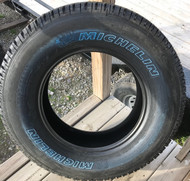 New Take Off Tire 285 65 18 Michelin LTX AT2 10 Ply All Terrain OWL LT285/65R18