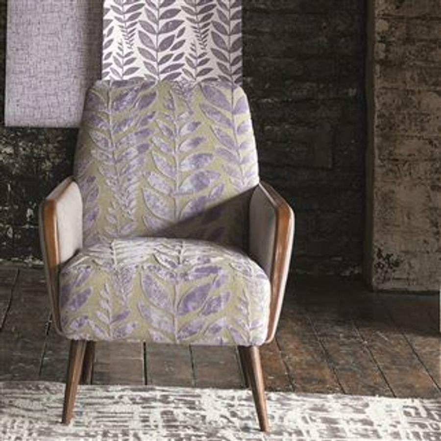 Chair in Foglia in Iris