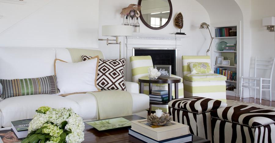 Pillow in La Fiorentina (Room by Kate Jackson Interior Design)