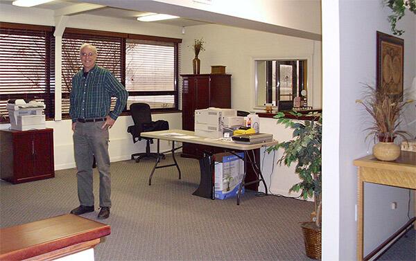 office2-0069-600.jpg