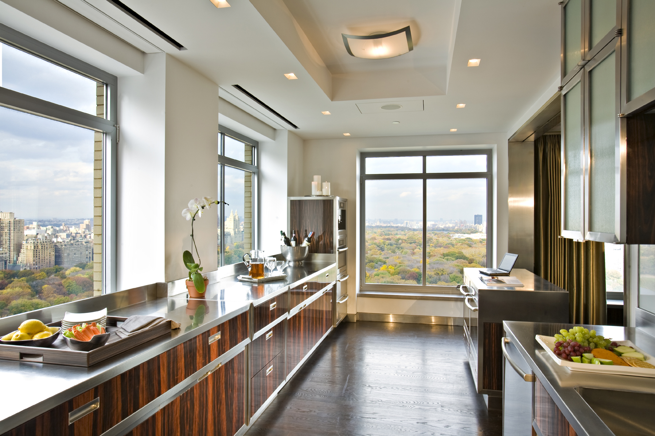 Veneer interiors gallery for Central park penthouses