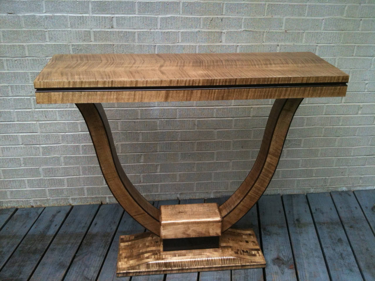 English sycamore veneer side table oakwood veneer for Oakwood veneers