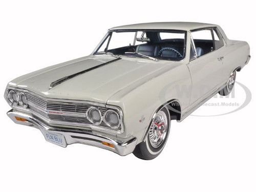 1965 chevrolet chevelle malibu ss l79 ermine white limited to 528pc diecast model car 1 18 acme. Black Bedroom Furniture Sets. Home Design Ideas