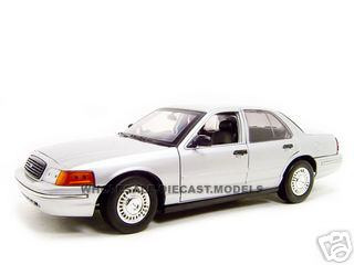 Ford Crown Victoria Police Undercover Special Service Car Silver 1/18 Diecast Model Car Motormax 73532