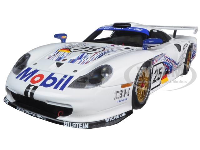 1997 porsche 911 gt1 25 24hrs lemans h stuck t boutsen b wollek 1 18 diecast model car autoart. Black Bedroom Furniture Sets. Home Design Ideas