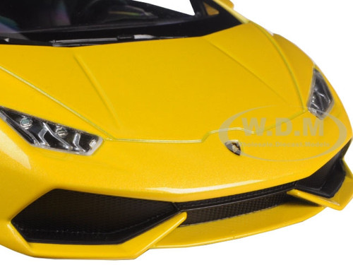 lamborghini huracan lp610 4 yellow 1 18 diecast car model kyosho 09511. Black Bedroom Furniture Sets. Home Design Ideas