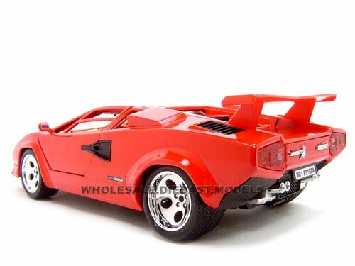 lamborghini countach 5000 red 1 18 diecast model car by. Black Bedroom Furniture Sets. Home Design Ideas