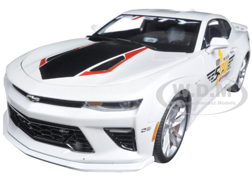 2017 Chevrolet Camaro SS Indy Pace Car 50th Anniversary Limited Edition 1/18 Diecast Car Model Autoworld AW236
