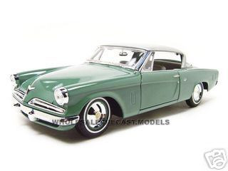 1953 Studebaker Starliner Green 1/18 Diecast Model Car Maisto 31651