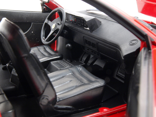 ferrari mondial 8 red 1 18 diecast model car hotwheels p9882. Black Bedroom Furniture Sets. Home Design Ideas