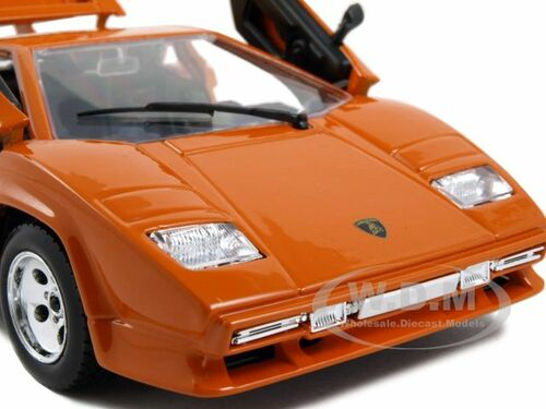 lamborghini countach 5000 orange 1 24 diecast model car. Black Bedroom Furniture Sets. Home Design Ideas