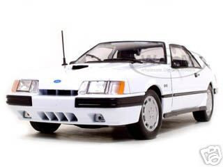 1986 Ford Mustang SVO Diecast Model White 1/18 Diecast Car Welly 2524