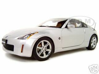 Nissan Fairlady Z Silver 1/18 Diecast Model Car Autoart 77316