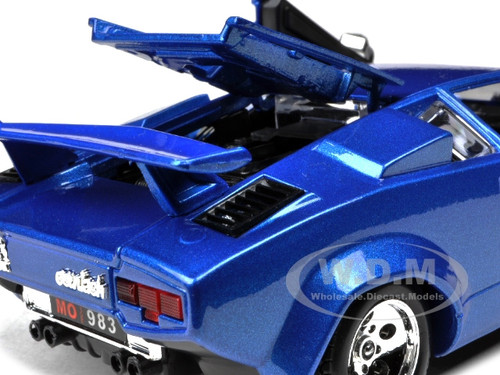 lamborghini countach 5000 quattrovalvole blue 1 24 diecast model car bburago 22087. Black Bedroom Furniture Sets. Home Design Ideas