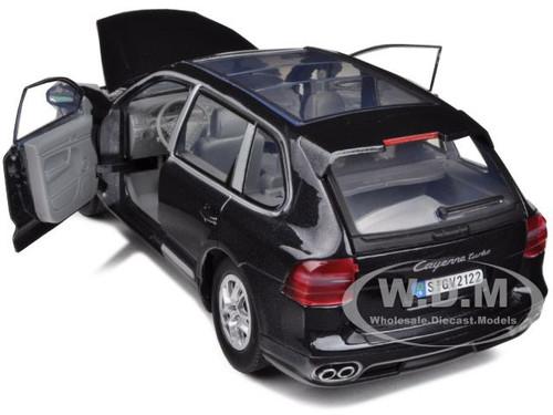 New Motormax Porsche Cayenne Turbo Black Die Cast Model 1:24-73345