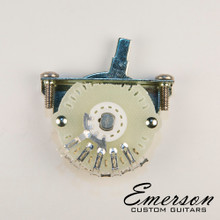 Emerson Custom 4-Way Oak Grigsby Lever Switch