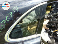 PORSCHE CAYENNE 958 RIGHT REAR QUARTER GLASS w/aluminum molding w/o dark tint