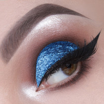 Manhattan glitter cut crease by Vlada