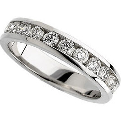 Ladies 14K White Gold 1/2CTTW Round Brilliant Channel Set Band