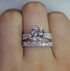 NSCD Simulated 2Ct Center Diamond Round Cut w/ Pave Side Stones Engagement Wedding Ring