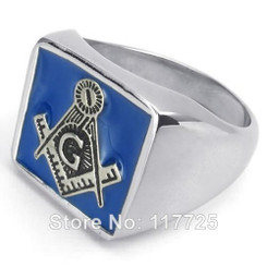 "<p>This ring is only availiable in whole sizes and <span style=""text-decoration: underline;"">not</span> half sizes.</p>"