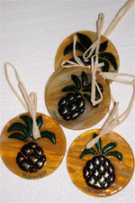 Hawaiian ORNAMENT - AMBER WITH PINEAPPLE