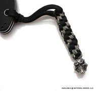 Schmuckatelli Grins Skull Lanyard GBLBDCP, Solid Pewter Bead, Black and Digi Camo Paracord