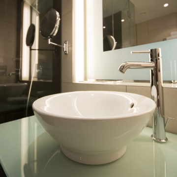 Bathroom - Lavatory Faucets - Quantum Kitchen & Bath Store