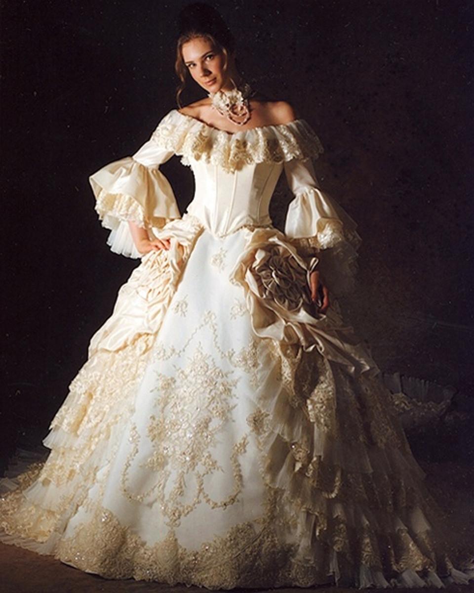 Marie antoinette wedding dress marie antoinette bridal gown for Marie antoinette wedding dress