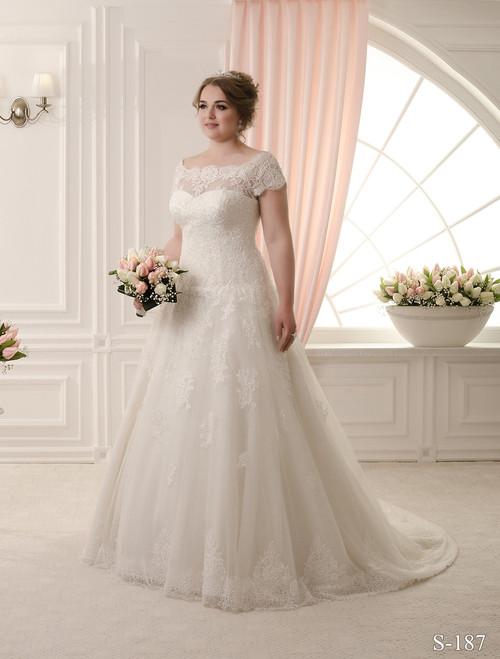 Plus size wedding dresses plus size wedding dress with lace junglespirit Images