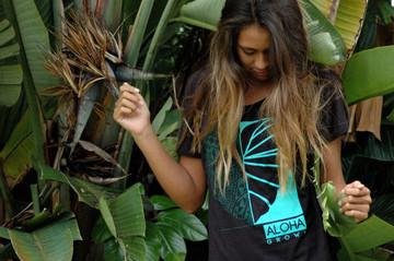 """Aloha Grown """"Tribal Half Kalo"""" Ladies Tee"""