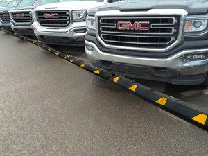 Reflector Parking Curbs
