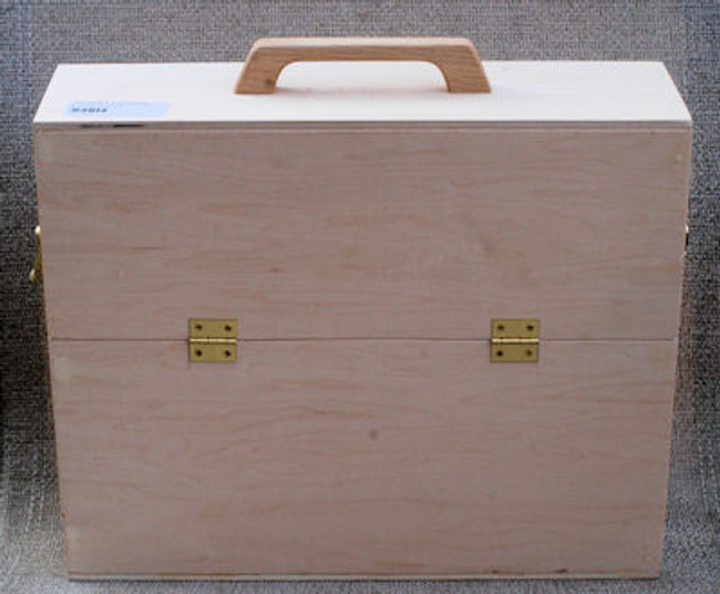 Wood - Box,  Brush (162)