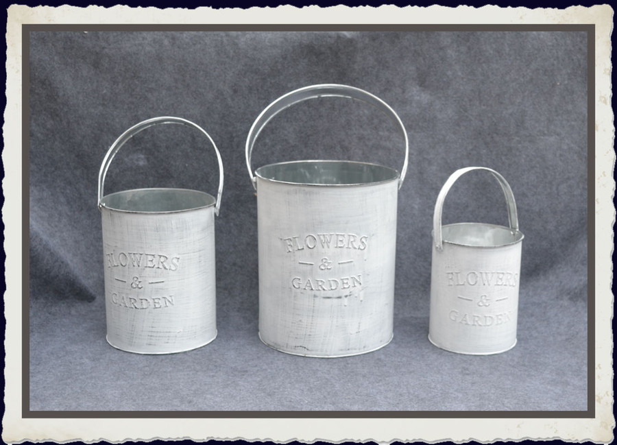 Metal - Canisters, Set of 3 (TM74384)
