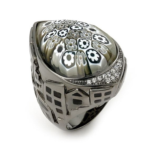 EXQUISITE COLLECTION FACETED BLACK AND WHITE MURANO GLASS RING WITH HIGH QUALITY CZ MICROSETTING