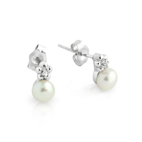 RHODIUM PLATED FRESHWATER PEARL AND CZ FLOWER DESIGN STUD EARRINGS