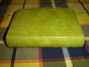 Hungarian Light Green Small Leather Bible / Magyar Szent Biblia Karoli Gaspar Reszben Atdolgozott Kiadas