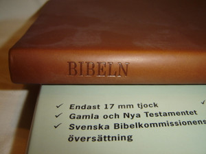 Brown Slim Line Swedish Bible with Apocrypha / Slimline Bibeln Skinnimitation / Beautiful Bible with Golden Edges