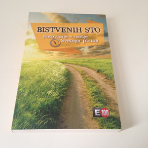 The Essential Bible Guide - Slovenian Language Edition / Bistvenih sto - Potovanje v osrcje Svetega pisma