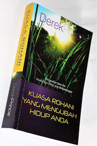 Life Changing – Spiritual Power by Derek Prince / Indonesian Language Edition: Kuasa Rohani Yang Mengubah Hidup Anda / The Divine Exchange / How to Pass From Curse to Blessing / The Holy Spirit in You / God's Medicine Bottle / Spiritual Warfare / Self Study Bible Course (9789791537919)