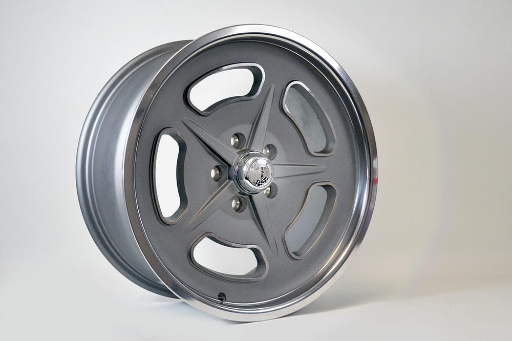 "Front Wheel: 18""x8"""